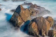 Golven Vaag om als Mist van de Kust van Kaap Breton te kijken royalty-vrije stock afbeelding