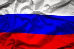 Golvende kleurrijke nationale vlag van Rusland, Russische federatie Royalty-vrije Stock Foto