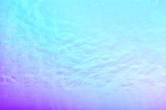 Golvende waterspiegelachtergrond in de pool Stock Fotografie