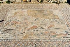 Golvmosaiken i hus i romare fördärvar, den forntida romerska staden av Volubilis morocco Royaltyfri Bild