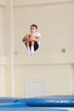 Gomel, Λευκορωσία - 12 Νοεμβρίου 2016: Αθλητικοί ανταγωνισμοί στο acrobatics μεταξύ των αγοριών και των κοριτσιών γεννημένων το 2 Στοκ εικόνα με δικαίωμα ελεύθερης χρήσης