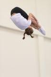 Gomel, Λευκορωσία - 19 Νοεμβρίου 2016: Αθλητικοί ανταγωνισμοί στο acrobatics μεταξύ των αγοριών και των κοριτσιών γεννημένων το 2 Στοκ εικόνες με δικαίωμα ελεύθερης χρήσης