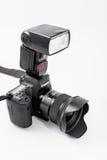 GOMEL, BELARUS - 12 mai 2017 : Appareil-photo de Canon 6d avec la lentille sur un fond blanc Canon est du monde le plus grand SLR Photo libre de droits