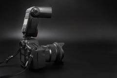 GOMEL BIAŁORUŚ, Maj, - 12, 2017: Canon 6d kamera z obiektywem na czarnym tle Canon jest światowym ` s SLR kamery wielkim manufact Obraz Stock