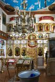 GOMEL, BIELORRÚSSIA - 23 de setembro de 2017: A igreja do grande mártir santamente George o vitorioso O interior da igreja Foto de Stock