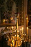 GOMEL, BIELORRÚSSIA - 23 de setembro de 2017: A igreja do grande mártir santamente George o vitorioso O interior da igreja Foto de Stock Royalty Free