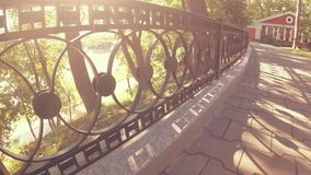 GOMEL, BIELORRUSIA - 26 DE SEPTIEMBRE DE 2018: Conjunto del palacio y del parque del Rumyantsevs Paskevichi almacen de metraje de vídeo