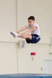 Gomel, Weißrussland - 12. November 2016: Sportwettbewerbe in der Akrobatik unter den Jungen und Mädchen im Jahre 2005-2006 gebore Stockfotografie