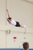 Gomel, Weißrussland - 12. November 2016: Sportwettbewerbe in der Akrobatik unter den Jungen und Mädchen im Jahre 2005-2006 gebore Lizenzfreie Stockfotos