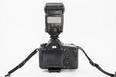 GOMEL, WIT-RUSLAND - Mei 12, 2017: De camera van Canon 6d met lens op een witte achtergrond Canon is de wereld` s grootste SLR ca Stock Foto's