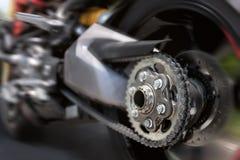 Gomma posteriore del motociclo nel comporre di velocità massima fotografia stock libera da diritti