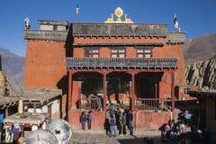 Gompa (buddistisk kloster) i Jharkot Royaltyfria Foton