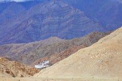 Gompa Chemdey (буддийский скит) в Гималаях Стоковое Изображение