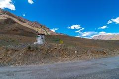 Gompa - Landschap van Spiti-Vallei, Himachal Pradesh, India/Middenland royalty-vrije stock foto