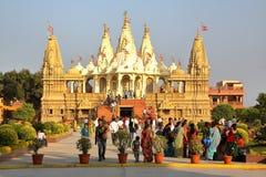 GONDAL GUJARAT, INDIEN - DECEMBER 23, 2013: Swaminarayan tempel royaltyfri bild
