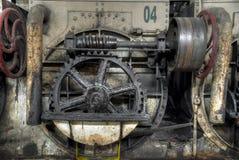 Шестерня катит внутри колониальную фабрику сахара в Gondang Baru, Ява, Индонезии Стоковая Фотография RF