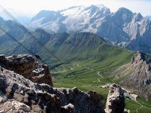 Gondel, die oben der Berg geht lizenzfreies stockbild