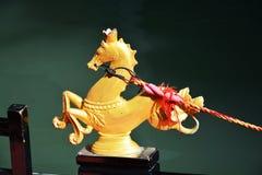 Gondel en gouden paard, Venetië, Italië Stock Foto's