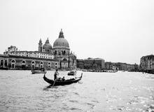 Gondel im Kanal, Venedig stockfotografie