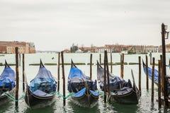 Gondel in Venedig in Italien Stockfotos