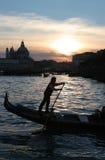 Gondelier in Venetië Stock Foto's