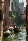 Gondelier in Venetië royalty-vrije stock fotografie
