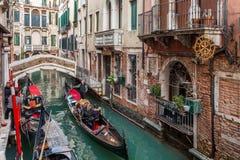 Gondelrit in Venetië royalty-vrije stock afbeeldingen