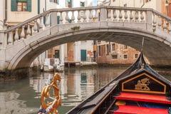 Gondelrit in Venetië stock foto's