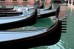 Free Gondola Bows Royalty Free Stock Images - 35578429