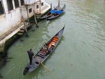 Gondola e gondoliere Fotografie Stock