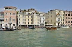 Gondola i taxi kanał grande Zdjęcia Royalty Free