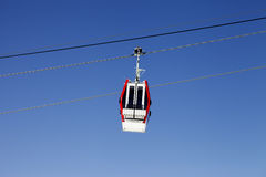 Gondola lift and blue sky Royalty Free Stock Photos