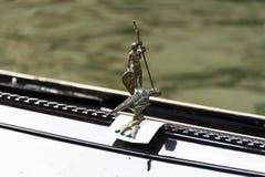 Gondola San Giorgio ed il dettaglio del drago Fotografia Stock