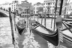 Gondolas near Realto bridge Royalty Free Stock Images