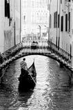 Gondole à Venise Italie noire et blanche image libre de droits