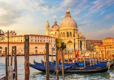 Gondole przed Santa Maria della Salutują, Wenecja, Włochy obraz stock