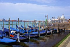 Gondole w kanał grande w Wenecja Obraz Royalty Free