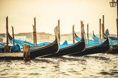 Gondole w kanale w Wenecja fotografia royalty free