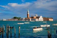 Gondole w lagunie Wenecja Świątobliwym Mark San Marco kwadratem i zdjęcie stock