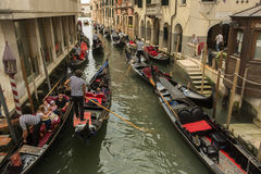 Gondoler på Venedig Royaltyfri Foto