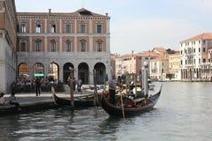Gondolero de Venecia en Grand Canal Fotografía de archivo libre de regalías