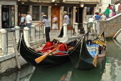 Gondoles à Venise images stock