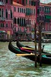 Gondoles sur le canal grand photographie stock libre de droits