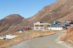 Gondoli dźwignięcia stacyjnego domu terminus halna przerwa Verbier Switzerland zdjęcia stock
