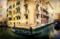 Gondolier στη Βενετία, Ιταλία, εκλεκτής ποιότητας έκδοση Στοκ Εικόνες