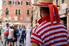 Gondolier Венеции Стоковое фото RF