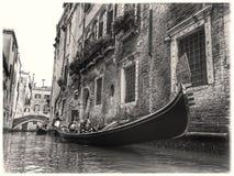 Gondolier vénitien images stock