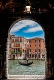 Gondolier Wenecja obrazy stock
