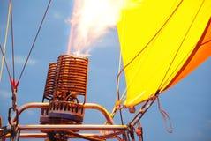 Gonfiamento del bruciatore a gas fotografie stock