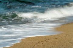 Gonflez sur la vue de plage en d?tail photo libre de droits